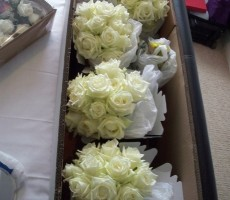 Bridesmaids bouquets with ivory roses