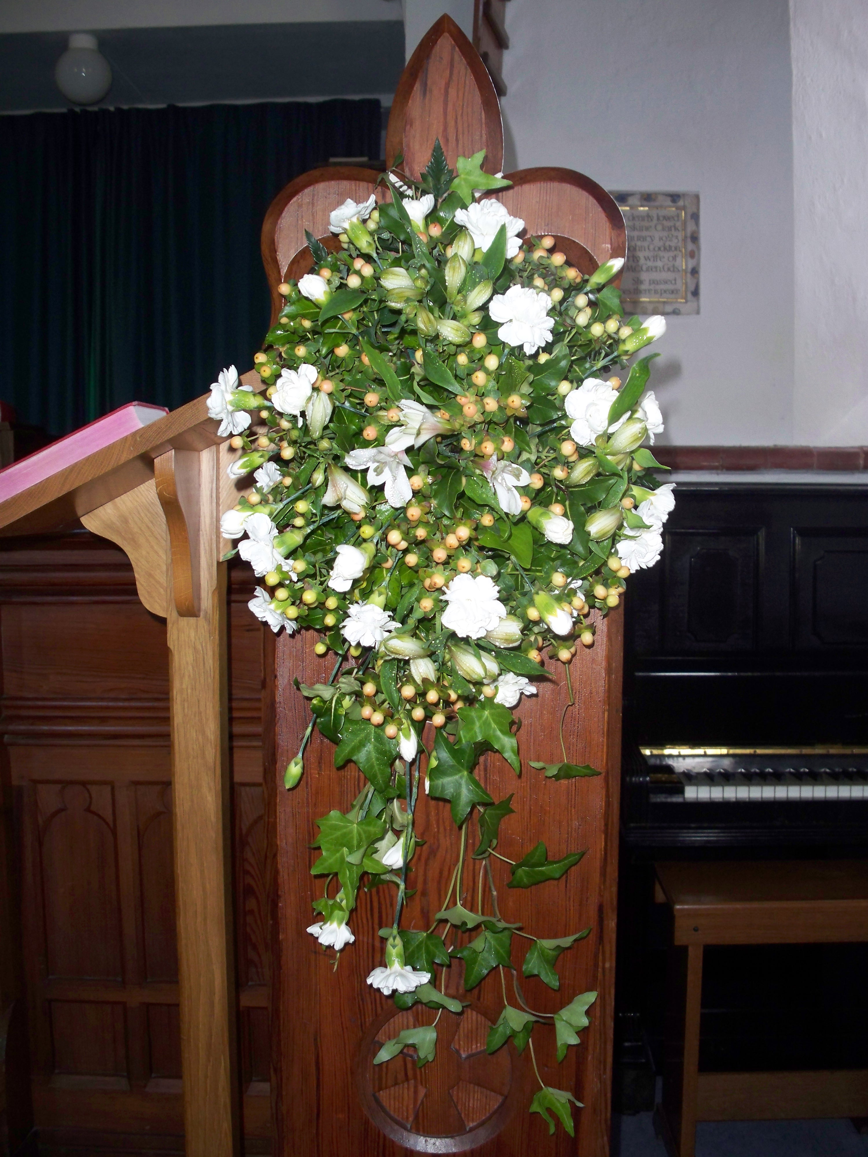 Church Or Chapel Wedding Flowers A Way With Flowers Pembrokeshire