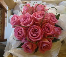 Pink rose with flexi grass loops