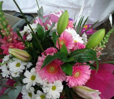 Mixed pink and white thank you bouquet