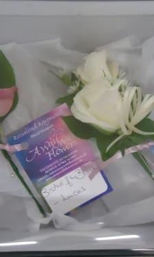 Rose buttonhole & corsage